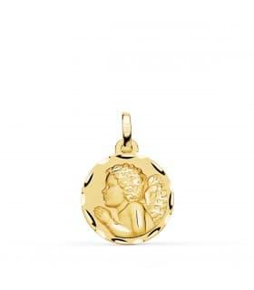 comprar joyas online - Medalla Angelito Rezando Oro 18K 16mm Tallada regalos para bebe